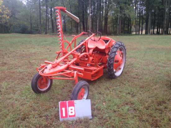 ALLIS CHALMERS G WITH BELLY MOUNT SICKLE MOWER