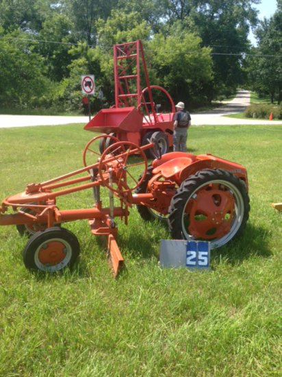 ALLIS CHALMERS G WITH BLADE, 3113