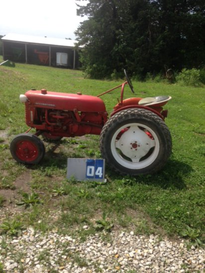 FARMALL CUB LOW BOY, 1164