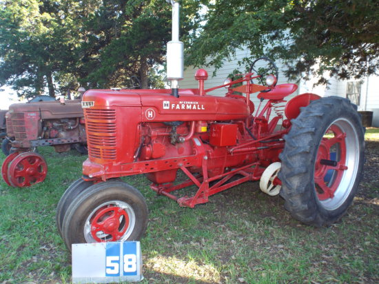 FARMALL H, 389029X1, 1952, WITH 2 WAY PLOW, RUNS