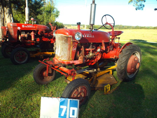FARMALL CUB, FCUB82798, WITH WOODS BELLY MOWER