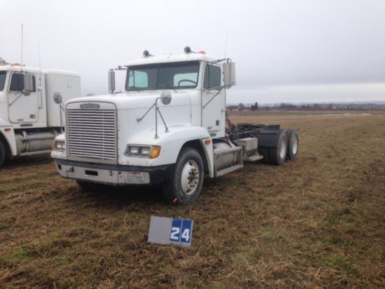 1995 FREIGHTLINER, WITH WET KIT, DETROIT 60 SERIES, 766,334 MILES