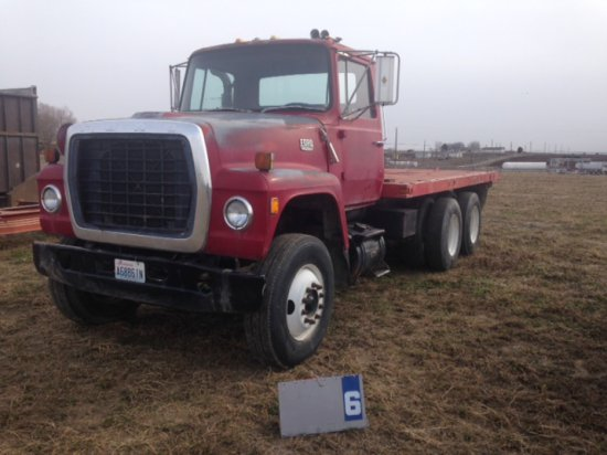 1979 FORD 8000 WITH IMPLEMENT BED, CAT ENGINE, U80DVFD2070, WITHOUT WET KIT