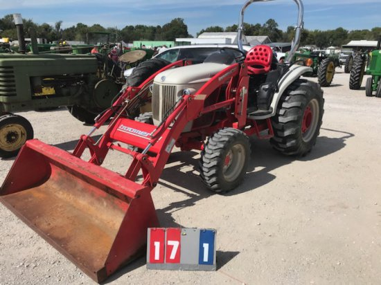 NEW HOLLAND BOOMER 8N, DSL, 4 WD, FRONT END LOADER, LIKE NEW