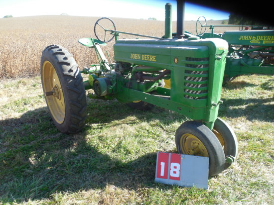 JOHN DEERE B, 106781, 1936, OLDER RESTORATION