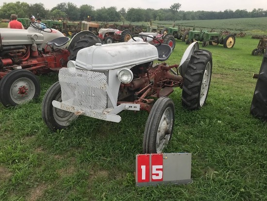 FORD 8N, 269098, 1947, ORIGINAL, RUNS