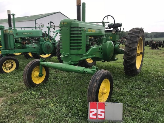 JOHN DEERE AW, 677175, 1951, WIDE FRONT, NEW RUBBER, RESTORED, RUNS
