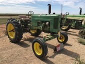 LARGE ANTIQUE TRACTOR AND VEHICLE AUCTION