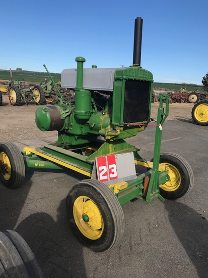 JOHN DEERE W111, ON TRAILER, 5021