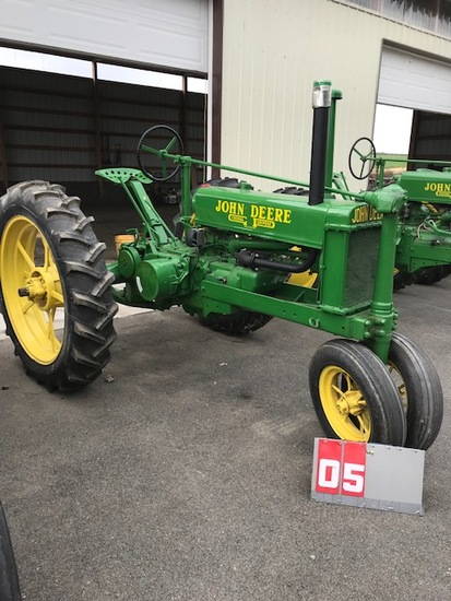 JOHN DEERE B, 11975, BRASS TAG, FLAT SPOKE REARS, RUNS