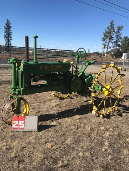 JOHN DEERE B, 49298, ON STEEL, SINGLE FRONT, CAME OUT OF FACTORY AS A BW, RARE STEEL REARS