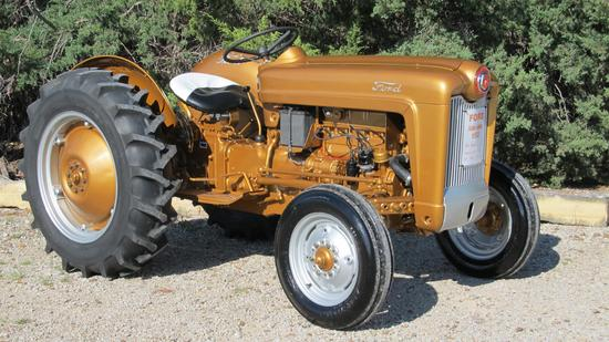 Luecke Classic Tractor Collection
