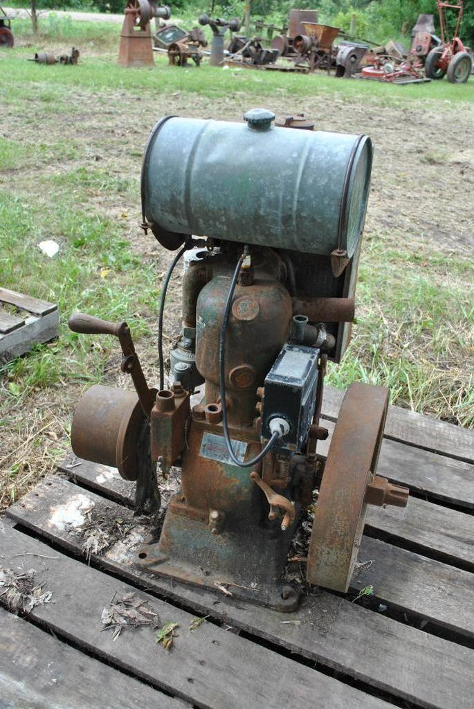 4HP Cushman Stationary Engine