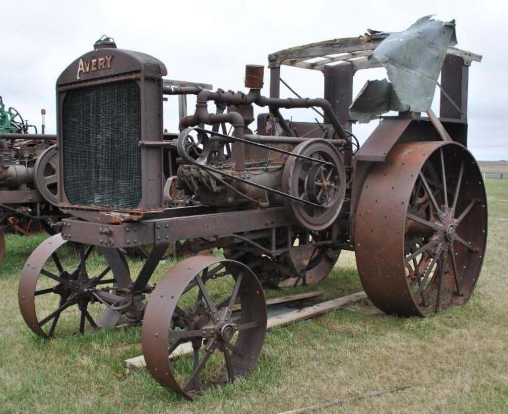25-50 Avery Tractor