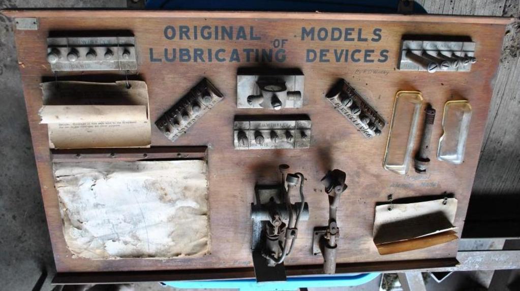 RARE Lubricator Display