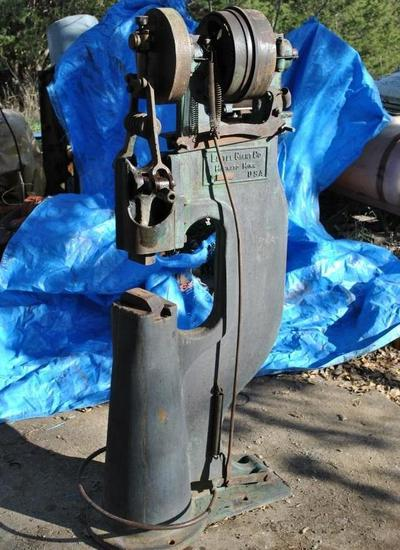 25 LB Little Giant Power Trip Hammer