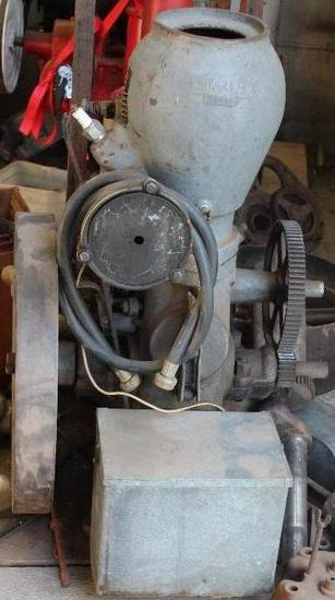 Monitor Stationary Engine with Water Pump