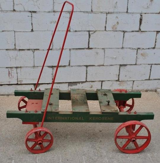 IHC Model M 1 1/2 HP Factory Cart