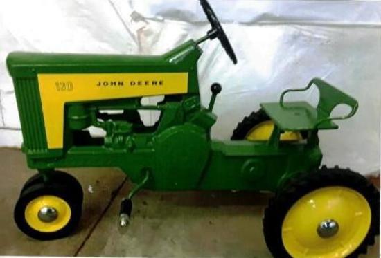 John Deere 130 Pedal Tractor