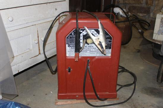 Lincoln AC 225-5 Welder