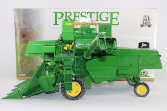 1/16 Ertl Prestige John Deere 55 Combine