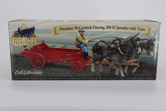 Ertl Precision McCormick-Deering 200-H Spreader with Team