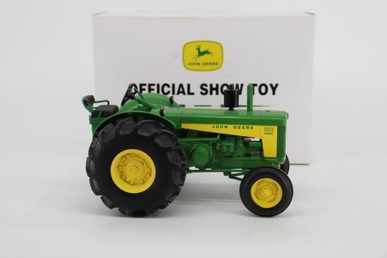 1/16 Ertl John Deere Model 830 Rice Special Official Show Toy