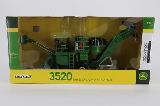 1/32 Ertl Prestige Collection John Deere 3520 Wheeled Sugarcane Harvester