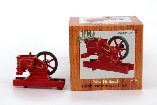 ERTL 1/8 New Holland 100th Anniversary Engine