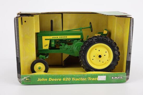1/16 Ertl John Deere 620