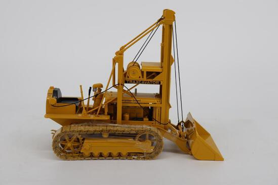1/16 Spec Cast Antique Caterpillar Machinery Owners Club T2 Traxcavator