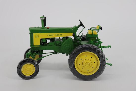 1/16 Ertl 2011 Two-Cylinder Expo John Deere Argentina 730 Hi-Crop Tractor - Participant Award Toy