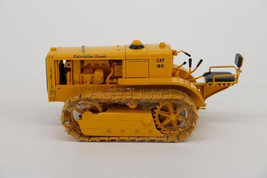 1/16 Spec Cast Antique Caterpillar Machinery Owners Club D2 Track-Type Tractor Orchard Model