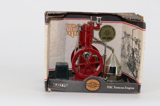 ERTL 1/8 IHC Famous Engine