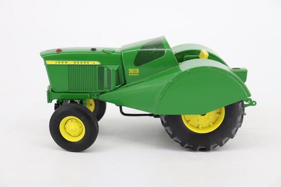1/16 Ertl John Deere 3020 Grove & Orchard Tractor - Two-Cylinder Expo XXIV
