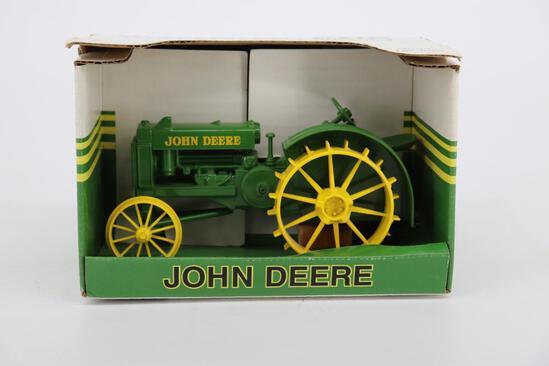 1/16 Spec Cast John Deere BO Tractor on Steel
