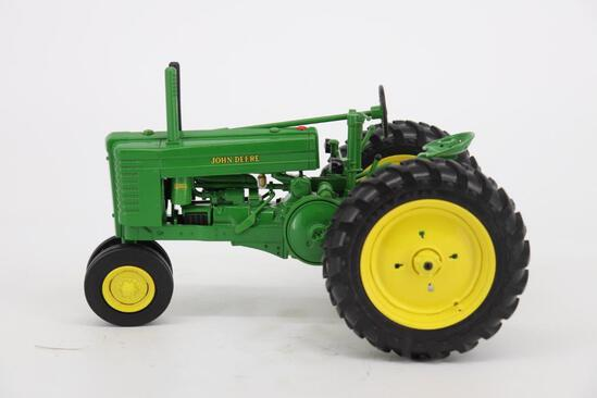 1/16 Ertl John Deere Model GM Tractor - Two-Cylinder Club Expo XX - Participant Award Toy