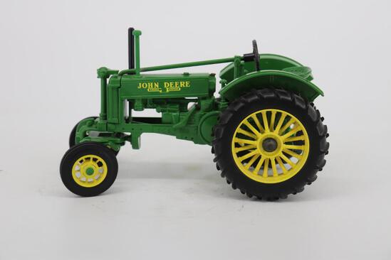 1/16 Ertl John Deere Model BW-40 - Two-Cylinder 6 - The Great North American Tractor Exposition
