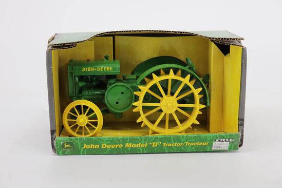 1/16 Ertl John Deere Model D on Steel