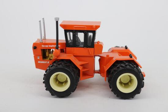 1/32 Ertl Toy Farmer Steiger CO-OP Implements Bearcat II