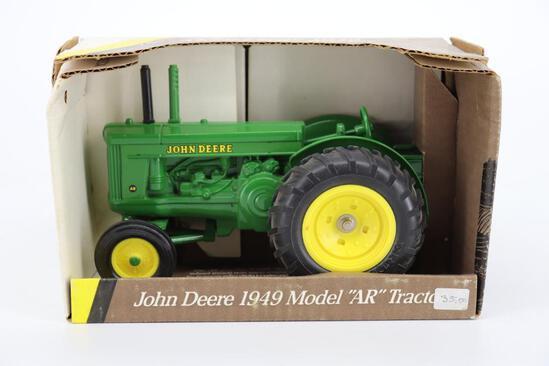 1/16 Ertl 1949 John Deere Model AR