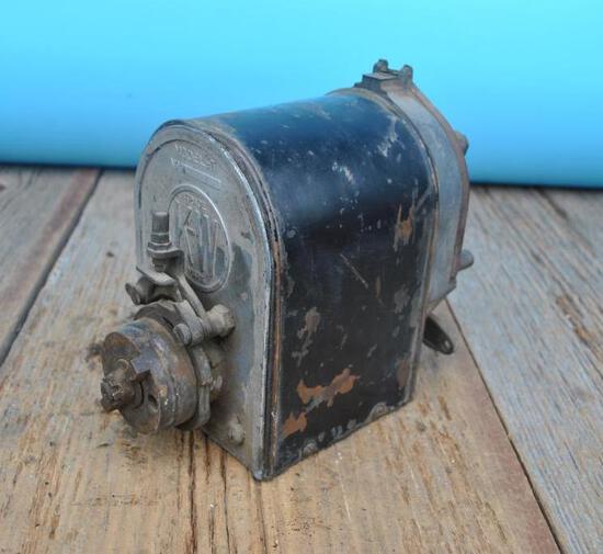 KW Model T 4 Cylinder Magneto