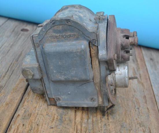 Splitdorf 4 Cylinder Magneto