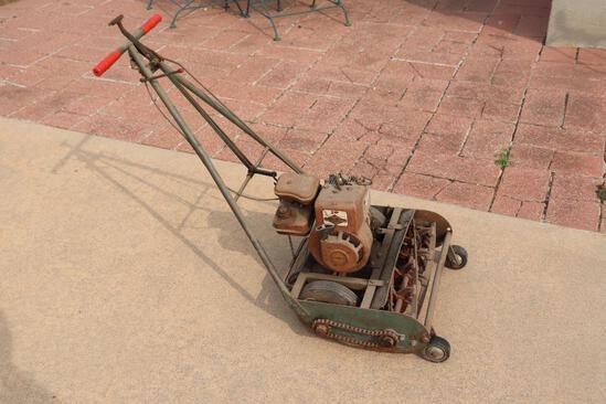 Vintage Briggs & Stratton Reel Mower