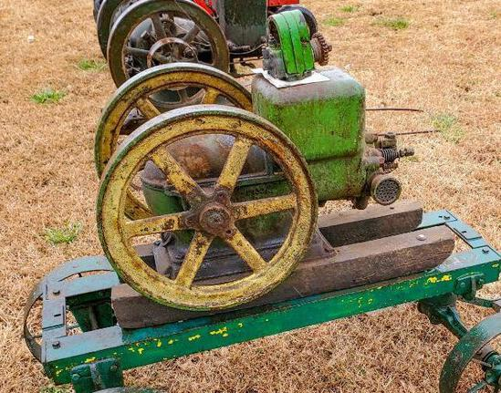 John Deere Model E 1 1/2 HP Stationary Engine