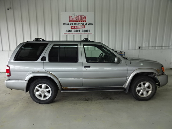2000 NISSAN PATHFINDER WAGON 4 DOOR XE 3 3 4WD AUTOMATIC