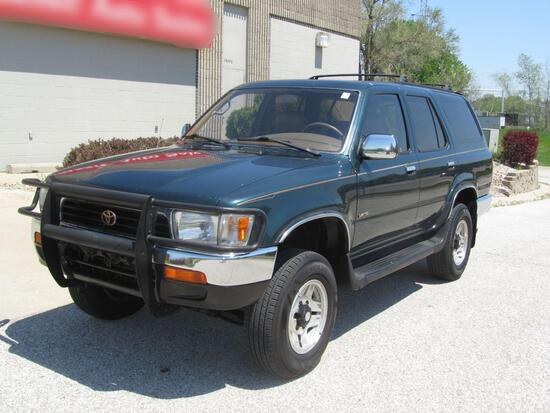 1995 TOYOTA 4RUNNER LIMITED 4X4