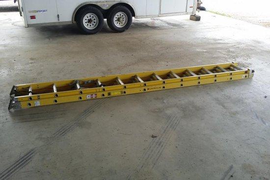 Louisville 24 ft. Fiberglass Ladder