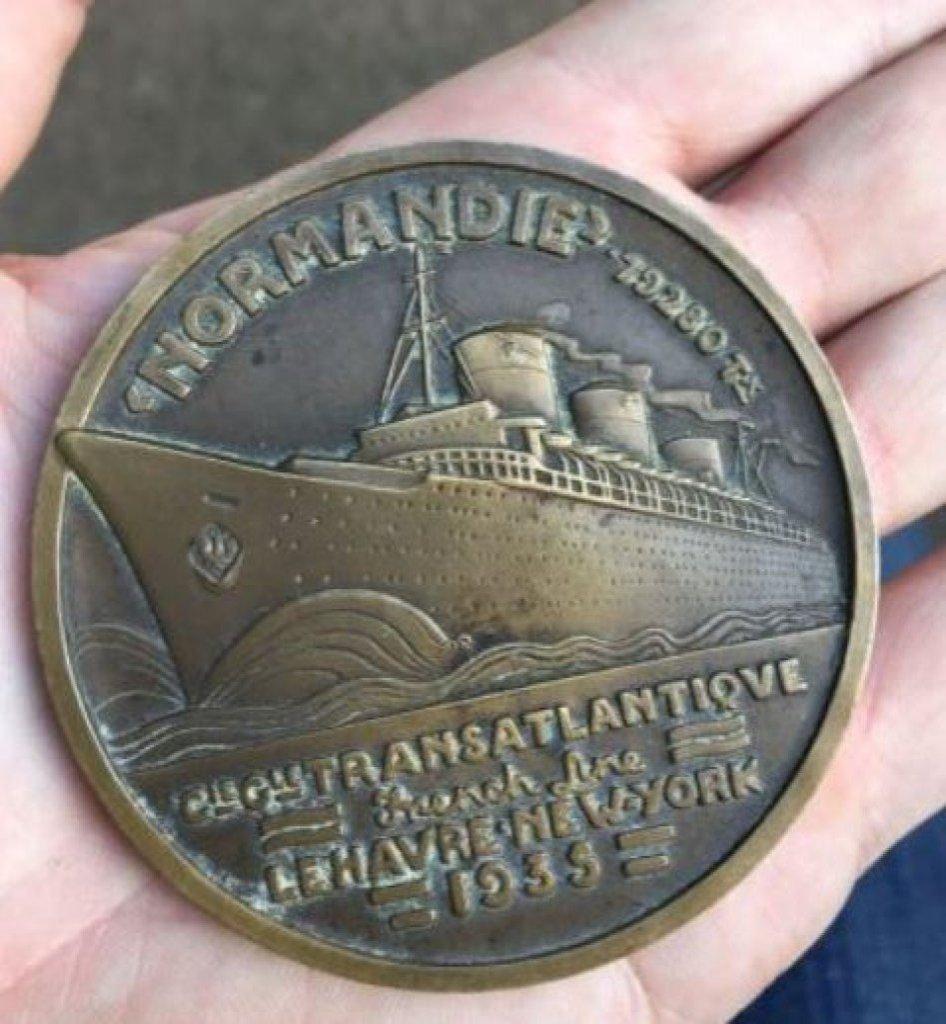 Deco 1935 SS Normandie French Transatlantic Lines Bronze Medal