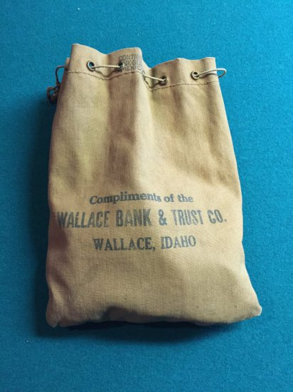 Vintage Wallace Bank & Trust Company Bag & Casino Chips